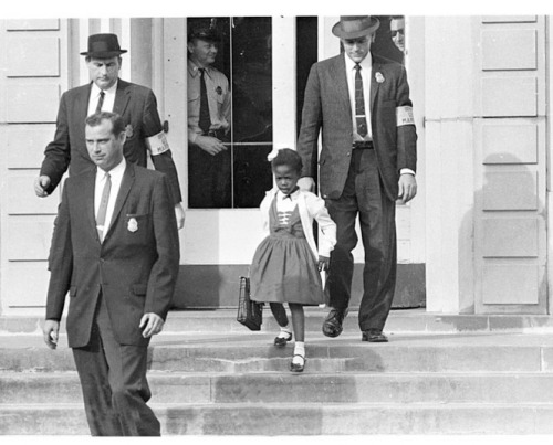 ruby-bridges-on-steps-of-school.jpg