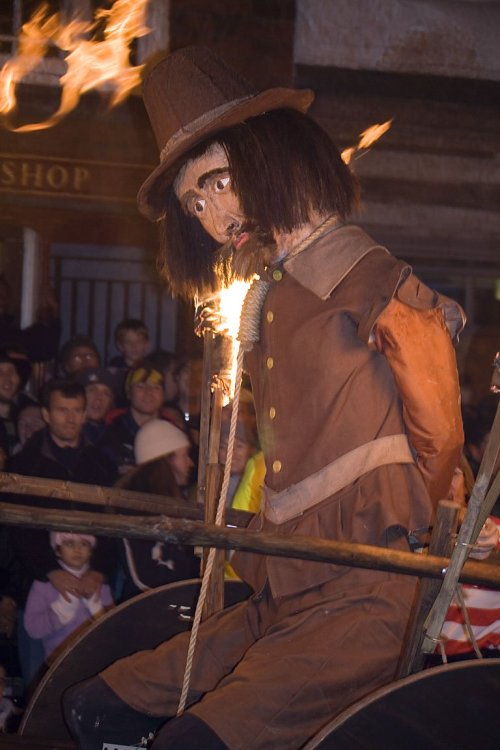 lewes_bonfire_guy_fawkes_effigy.jpg