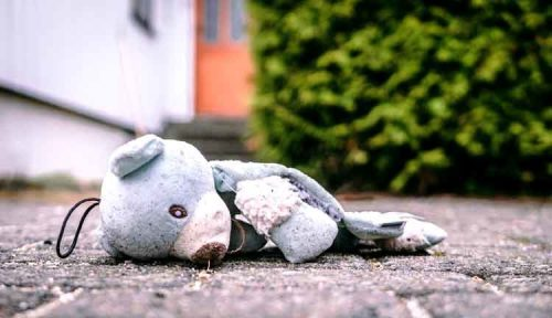 broken-toy-teddy-bear-750x432.jpg