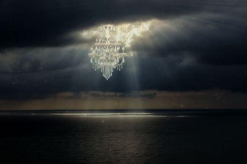 chandelier-1751227__480.jpg
