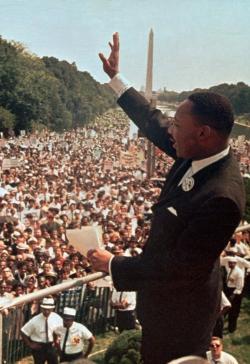 img_mlk_dream_speech_lg.jpg