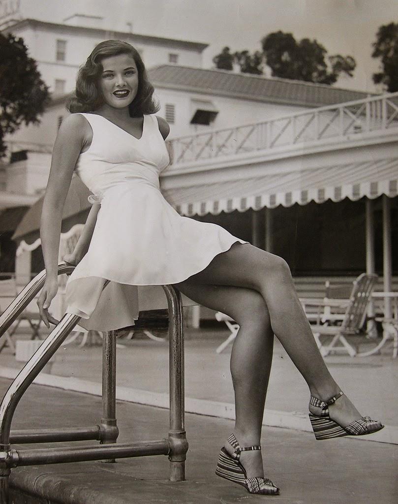 Gene Tierney - c.1943.jpg
