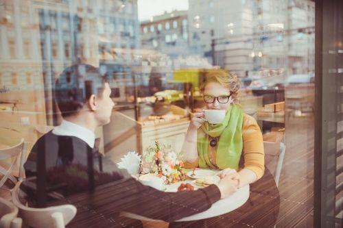 in-cafe-2276561__480.jpg